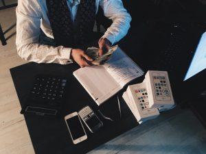 Zelf boekhouding doen voordelen nadelen